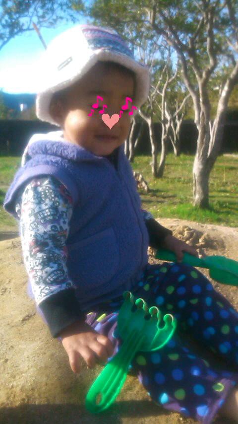 公園で砂遊び☆